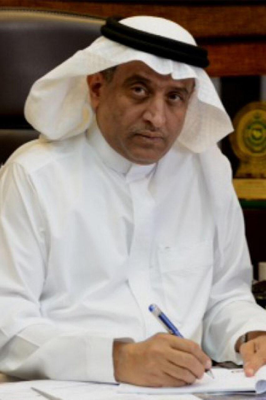 https://ayyan.com.sa/wp-content/uploads/2021/04/Dr.Adel-Saleh-web-570x570-2-850x1280.jpg
